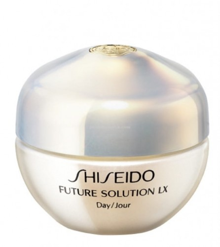 shiseido-future-solution-lx-day-cream-spf-20-sso949.jpg